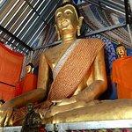 Foto Wat Chedi Sao Lang
