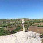 崖の上の十字架
