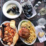 Foto de Salty Dog Seafood Grille & Bar