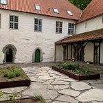 Utstein Courtyard with herb garden