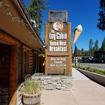 Foto de Log Cabin Cafe & Ice Cream