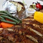 ภาพถ่ายของ Sportsman's Steak & Pizza House