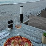 Pizza with scenery