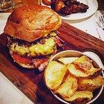 Foto de Mezza Libbra Burger and Bakery