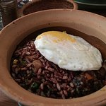 Very simple fried rice in clay pot. Palatable but not great.