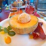 melon/jambon et granité de glzce tomates/basilic