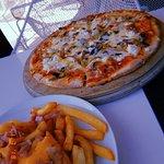 Doryssa pizza