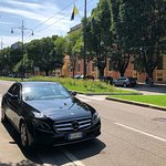 From Modena to Bologna Airport. COLOMBO GROUP Chauffeur-driven Service.  Частный водитель.