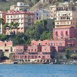 Bato Naples照片
