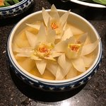 Chinese cabbage made to look like lotus flowers