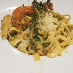 Hilopites Pasta with Prawns
