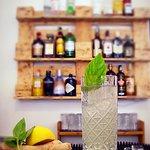 Craft cocktail MORIS AVENUE