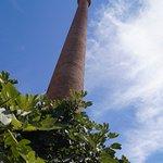 la cheminee (ideale pour reperer le marche quand on arrive en bus)