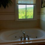 Rosehaven Inn Bed and Breakfast Picture