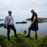 Hiking to Dunyvaig castle on Islay