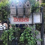 Foto van Talula's Garden