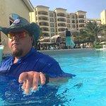 Hard choices.... the fabulous pool or the beach☀️