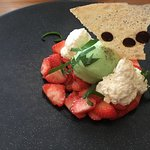 sorbet basilic sur carpacio de fraises
