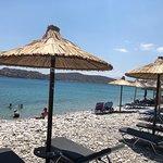 Foto van Plaka Beach