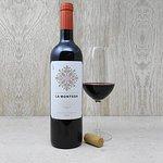 Rioja La Montesa. Vino elaborado a partir de las variedades, Garnacha, Mazuelo y Tempranillo.14%