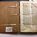Vieux livre annoté avec couverture en bois !!!