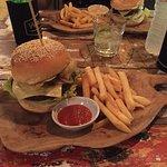 Foto de Wacko Burger Cafe
