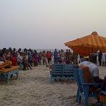 crowd views at the beach
