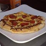 ภาพถ่ายของ Ultimate California Pizza