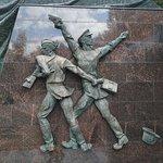 Photo de Memorial Complex Partizan Glade