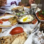 صورة فوتوغرافية لـ Cafe Em Nazih