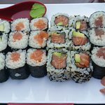 Foto de yoshi sushi