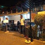 Valokuva: café promenade maltez