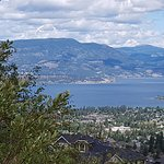 Lunessence is a small beautiful Canadian winery along the Okanagan Valley