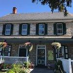 Bild från The Amish Farm and House