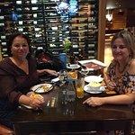 Reunião de Negócios  eu e minha amiga Lena
