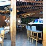 Imagem do restaurante Hiná Fish & Lounge em Santos - SP. (foto Pavan)