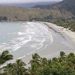 Panorâmica da praia de Baraqueçaba