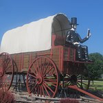 Covered Wagon (side)