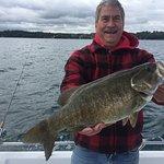 nice smallie steve great fight on skaneateles lake