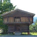 Maison à toit de tourbe