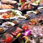 博多の旬に合わせて、毎月変わるコース料理