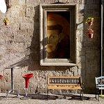 San Francesco osserva il Vinattiere