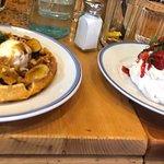 Waffle & Pavlova