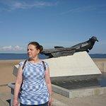 Памятник тюленю на набережной. Раннее утро, почти ни кого нет. Образ тюленя с грустинкой.