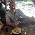 Foto de castas e pratos