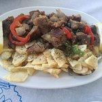 Φωτογραφία: Kafenio Tis Kyra Lenis / Το Παραδοσιακό Καφενείο της Κυρά Λένης