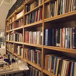 MA - NEW BEDFORD - MUSEUM OF GLASS #8 - A GLIMPSE BEHIND THE SCENES - LIBRARY