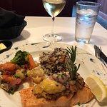 Foto de Silver Salmon Grille