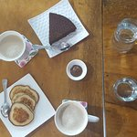 Foto de Aadha-Aadha Café