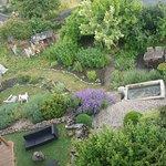 vue de la chambre sur leur jardin